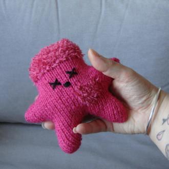 Nawak Fyfy - doudou tricoté à la main pour adultes et grands enfants