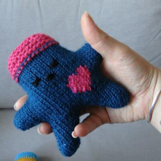 Nawak Patricia - doudou tricoté à la main pour adultes et grands enfants