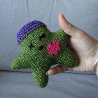 Nawak Vertigo - doudou tricoté à la main pour adultes et grands enfants