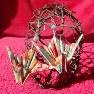 Boucles d'oreilles Paons pastels origami et perles d'Agate rubanées givrées violettes